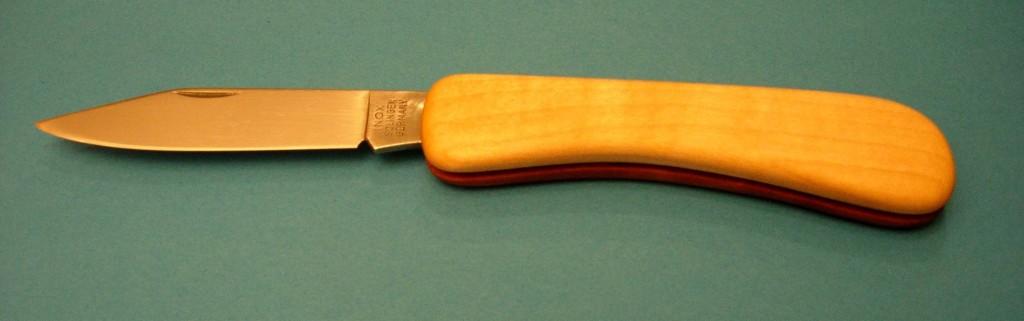 Taschenmesser Ahornseite